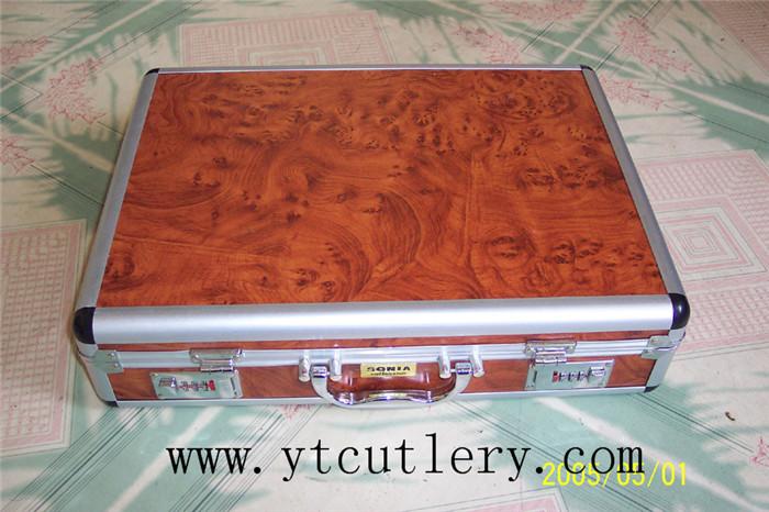 72件木纹铝箱